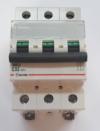 Автоматический выключатель Zuver  DX-63. 3P. 32A. 6kA. AC.
