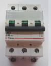 Автоматический выключатель Zuver  DX-63. 3P. 40A. 6kA. AC.