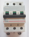 Автоматический выключатель Zuver  DX-63. 3P. 63A. 6kA. AC.